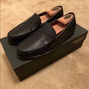 Allen Edmonds Cavanaugh loafers size 9B